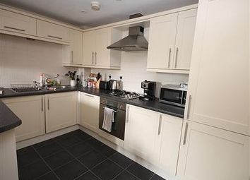 Thumbnail 1 bed flat to rent in Buckingham Court, Buckingham Street