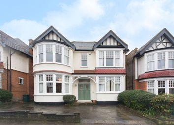 Thumbnail 5 bed property to rent in Church Crescent, Finchley Central