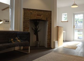 Thumbnail 2 bedroom flat for sale in Chatfield Road, Croydon