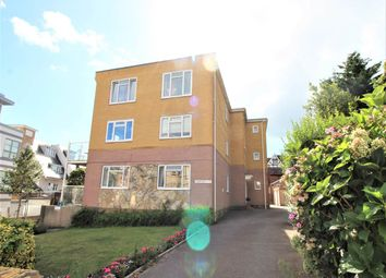 Burnaby Road, Alum Chine, Bournemouth BH4. 2 bed flat