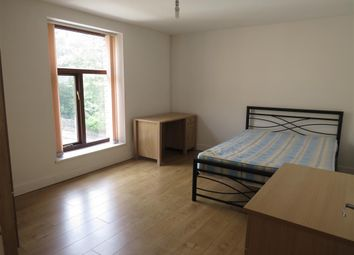 Thumbnail 2 bedroom flat to rent in Common Road, Birkby, Huddersfield