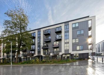 Thumbnail 1 bedroom flat for sale in Pooles Park, London