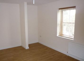Thumbnail 2 bedroom maisonette to rent in Stable Mews, Luton, Beds