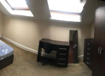 Thumbnail 4 bed flat to rent in Clarendon Road, Hyde Park, Leeds