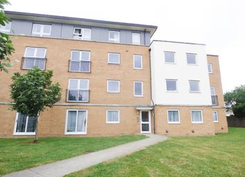 2 bed flat to rent in Station Avenue, Southend-On-Sea SS2
