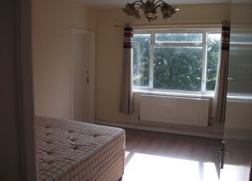 Thumbnail 3 bed flat to rent in Horn Lane, Acton