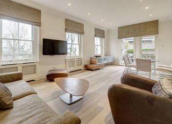 Thumbnail 3 bedroom flat to rent in Buckland Crescent, Belsize Park