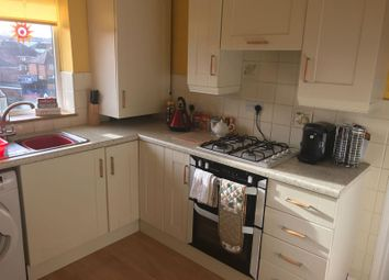 Thumbnail 2 bed flat to rent in Castleview Road, Bilston