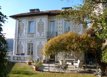 Thumbnail 4 bed villa for sale in Via Per Brunate, Como (Town), Como, Lombardy, Italy