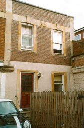 Thumbnail 4 bed flat to rent in Cotham Hill, Bristol
