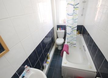 Thumbnail 5 bedroom shared accommodation to rent in Village Place, Burley, Leeds