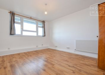 Thumbnail 2 bed flat to rent in Hall Street, London