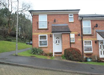 Lower Furney Close, High Wycombe HP13. 2 bed flat for sale