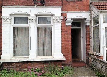 Thumbnail 2 bed flat to rent in 2 Bedroom Ground Floor Flat, Riverdene Road, Ilford