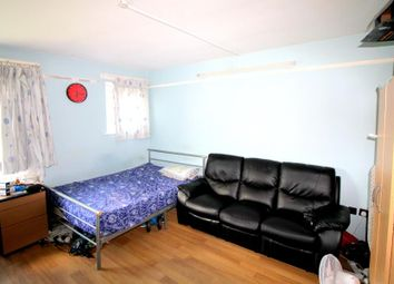 Thumbnail 3 bedroom flat to rent in Halley Road, London