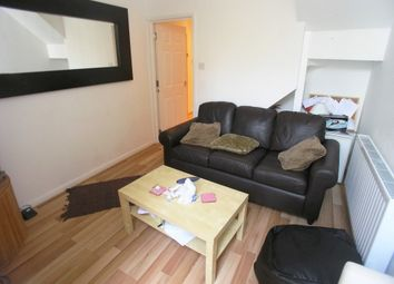 Thumbnail 2 bed flat to rent in Claude Road, Roath, Cardiff.