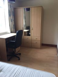 Thumbnail Room to rent in Alpha Grove, Canary Wharf