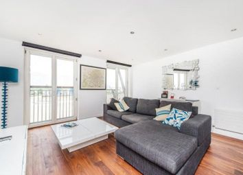 Thumbnail 1 bed flat to rent in Vanguard Building, Westferry Road, Canary Wharf, London