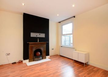 3 bed property to rent in Sangley Road, Catford, London SE6