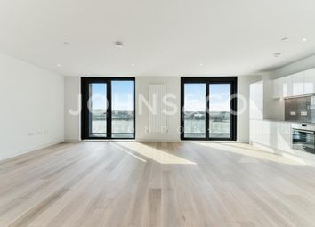 Thumbnail 2 bedroom flat for sale in Latitude House, Royal Wharf, London