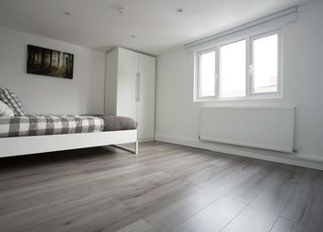 Thumbnail 2 bed detached house for sale in Newington Butts, London