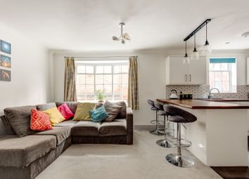 Thumbnail 2 bed flat for sale in Queensbury Mews, Brighton