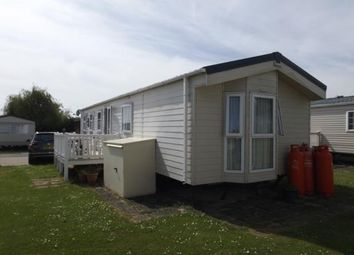 2 bed mobile/park home for sale in London Road, Clacton On Sea, Essex CO16