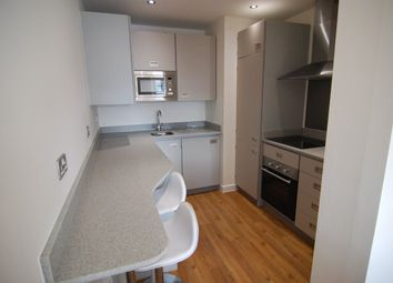 Thumbnail 5 bed flat to rent in Queens Road, Clifton, Bristol