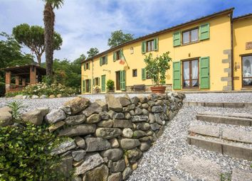 Thumbnail 5 bed town house for sale in Via Fratelli Rosselli, 51010 Margine Coperta-Traversagna Pt, Italy