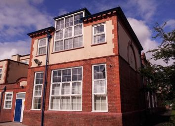 Thumbnail 2 bed flat to rent in Cambridge Road, Ellesmere Port