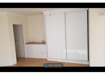Thumbnail 1 bed flat to rent in Penryn House, Redhill