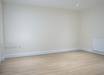 Thumbnail 1 bed flat to rent in C, Harrow Road, Westbourne Park