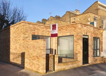 3 bed property for sale in Downham Road, Islington, London N1