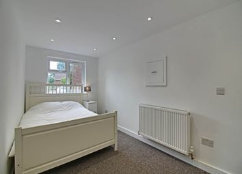 Thumbnail Room to rent in Creighton Avenue, St.Albans