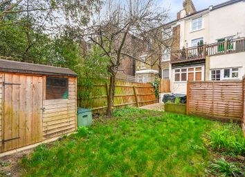 Thumbnail 2 bed flat for sale in Shaftesbury Road, Crouch End