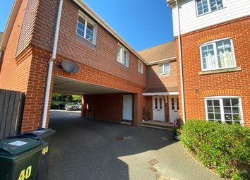 2 bed flat to rent in Swaffer Way, Ashford, Kent TN23