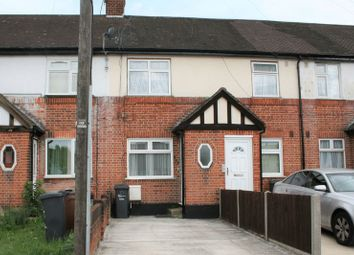 Thumbnail Maisonette to rent in Whalebone Lane South, Chadwell Heath, Romford