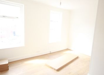 Thumbnail 5 bed shared accommodation to rent in Portree Street, London