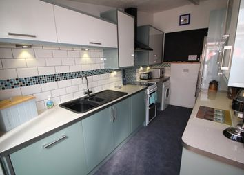 Thumbnail 2 bedroom bungalow for sale in Windrush Way, Reading