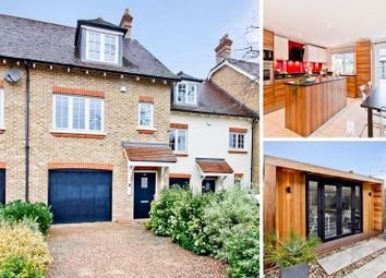 3 bed town house for sale in Huntington Close, Bexley DA5