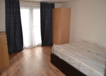 Thumbnail 2 bed flat to rent in Oxford Road, Reading
