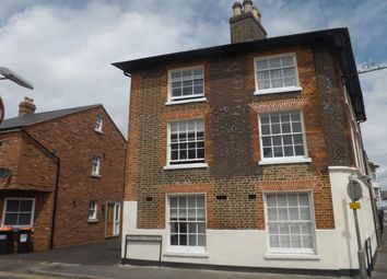 Thumbnail 3 bed flat to rent in Albion Street, Dunstable