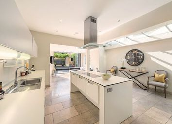 Thumbnail 6 bed terraced house for sale in Hurlingham Road, Parsons Green, Fulham, London