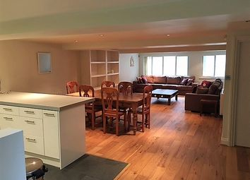 Thumbnail 2 bed flat to rent in Albion Yard, London