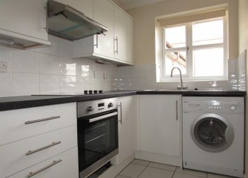 Thumbnail 2 bedroom flat to rent in The Drummonds, Dunstable Road, Luton