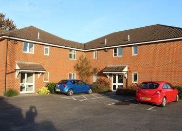Thumbnail 2 bed property to rent in Guildford Road, Ash, Aldershot