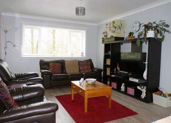 Thumbnail 2 bedroom flat for sale in Oak Avenue, Greenhills, East Kilbride