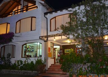 Thumbnail Hotel/guest house for sale in Banos, Ecuador