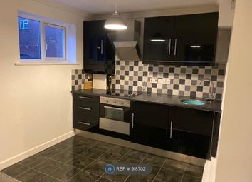 Thumbnail 1 bed flat to rent in Cranleigh Close, Herts