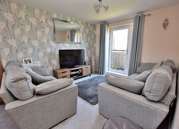 2 bed flat for sale in Leyland Road, Dunstable LU6